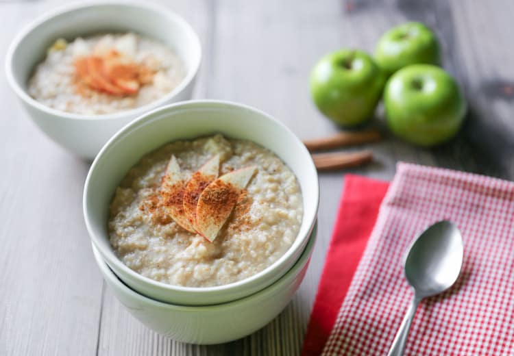 Cinnamon Apple Steel Cut Oatmeal