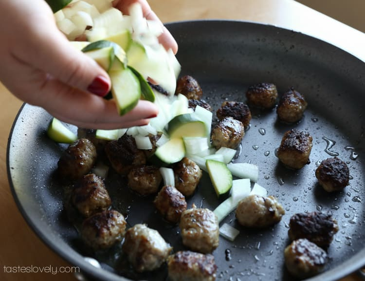Low calorie sausage meatballs