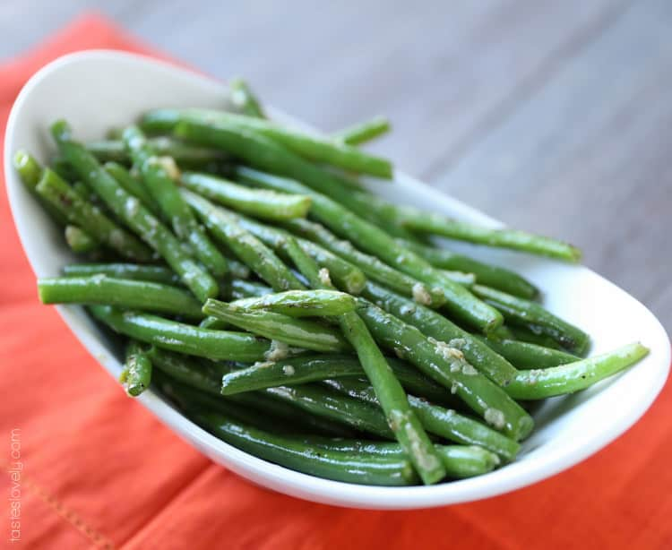 Garlicky Green Beans — Tastes Lovely