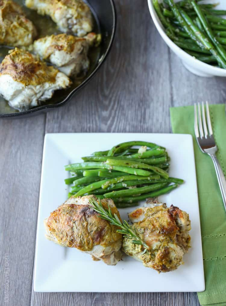 Rosemary Mustard Skillet Chicken, 30 minutes and only 370 calories! Low carb too.