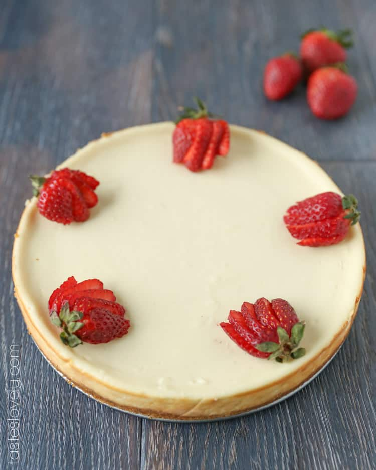 The easiest, ultra creamy cheesecake that never cracks