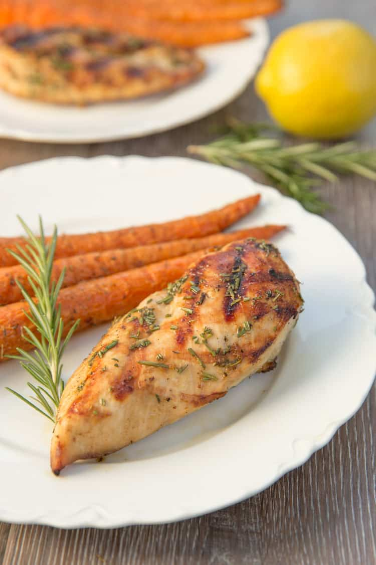 White wine marinated grilled chicken with lemon and rosemary. Perfect light summer dinner!