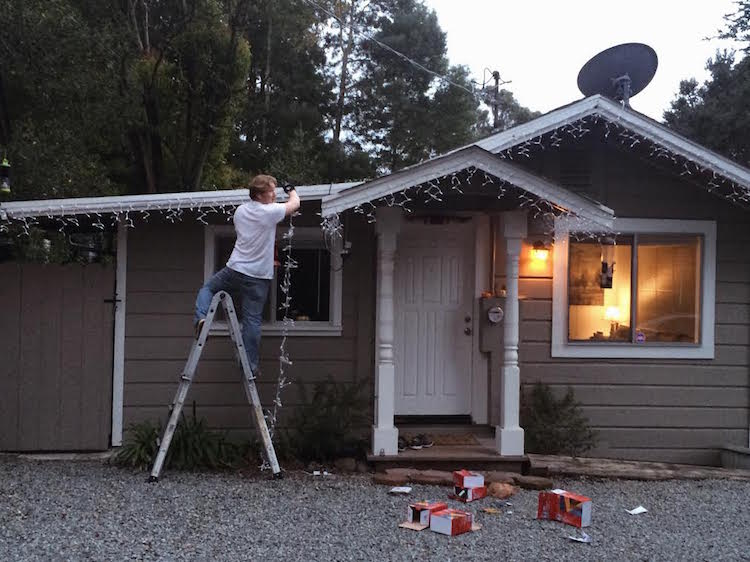 putting up christmas lights
