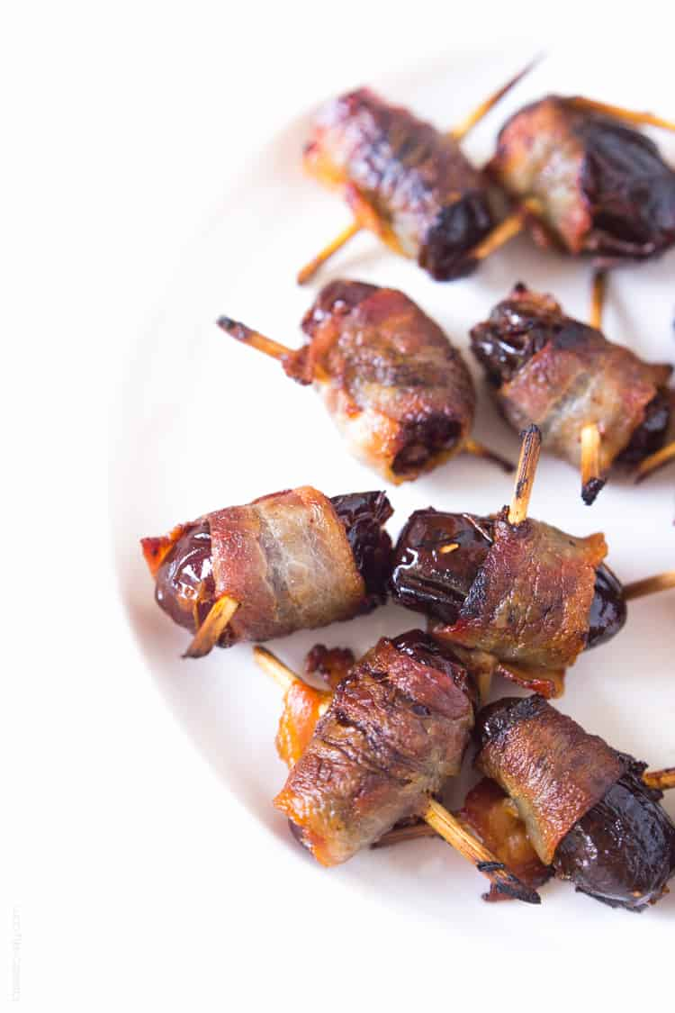 Bacon Wrapped Dates - an easy appetizer that everyone loves #glutenfree #paleo #whole30