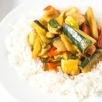 Coconut Chicken Thai Curry, easy and healthy! #paleo #whole30 #glutenfree #lowcarb | tasteslovely.com-1