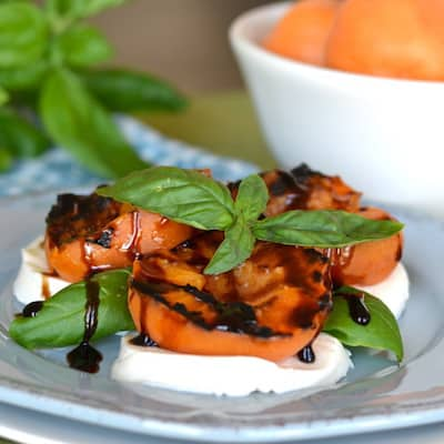 Grilled-Apricot-Caprese2