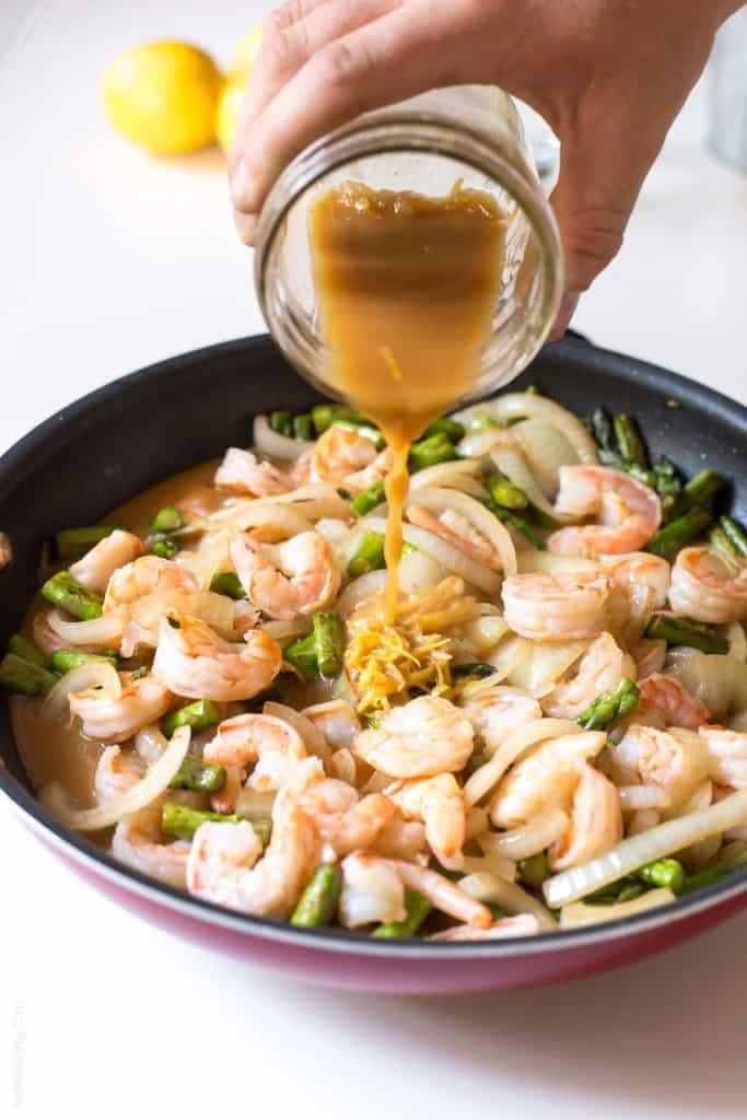 Lemon Shrimp & Asparagus Stir Fry | tasteslovely.com