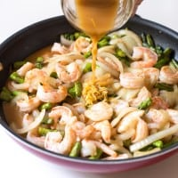 Lemon Shrimp & Asparagus Stir Fry