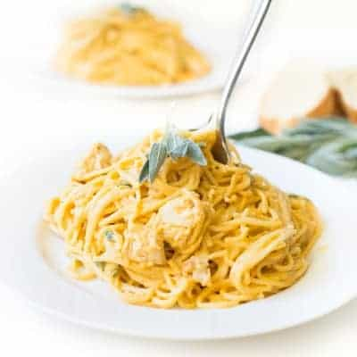 Creamy Pumpkin Alfredo Pasta with Sage - a delicious and FAST 10 minute fall dinner! | tasteslovely.com
