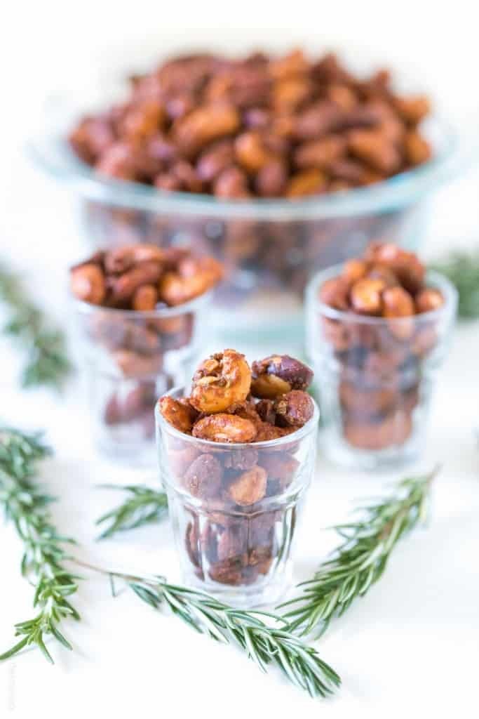 Sweet & Spicy Rosemary Roasted Mixed Nuts - perfect mixed nuts appetizer or hostess gift!