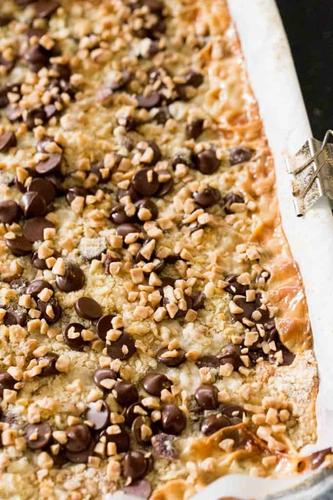 Gooey Chocolate Chip Toffee Bars - Perfect holiday treat!