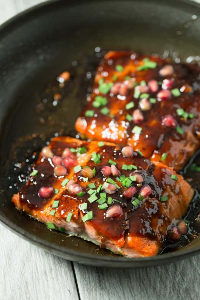 Pomegranate Soy Glazed Salmon - Delicious and easy 30 minute fish ...