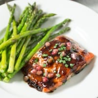 Pomegranate Soy Glazed Salmon - Delicious and easy 30 minute fish dinner that is gluten free, paleo, and dairy free! | tasteslovely.com
