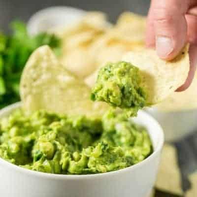 Mexican Restaurant Style Guacamole | tasteslovely.com