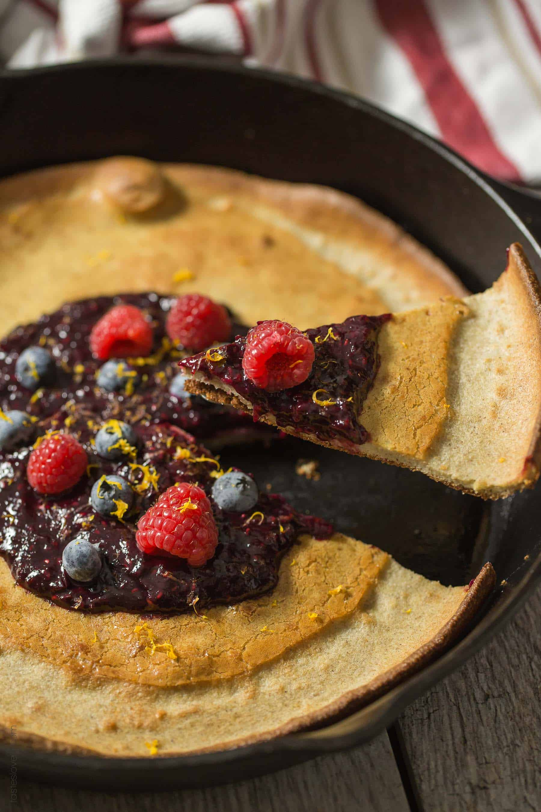 Paleo Dutch Baby with Orange Berry Compote - a healthy gluten free, paleo, dairy free, sugar free breakfast!