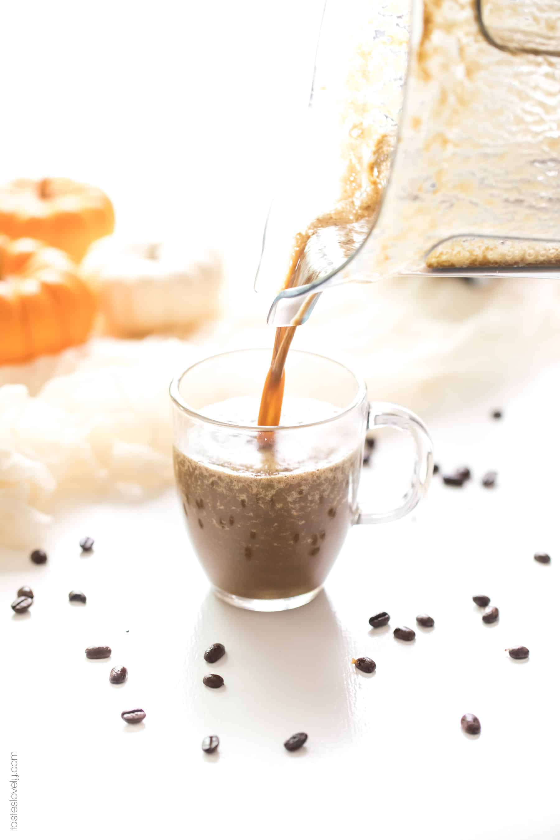 Paleo & Whole30 Pumpkin Spice Latte - sweetened naturally with dates and flavored with real pumpkin puree. Made in a blender, no fancy coffee machines needed! Paleo, Whole30, dairy free, sugar free, gluten free, vegan, clean eating.