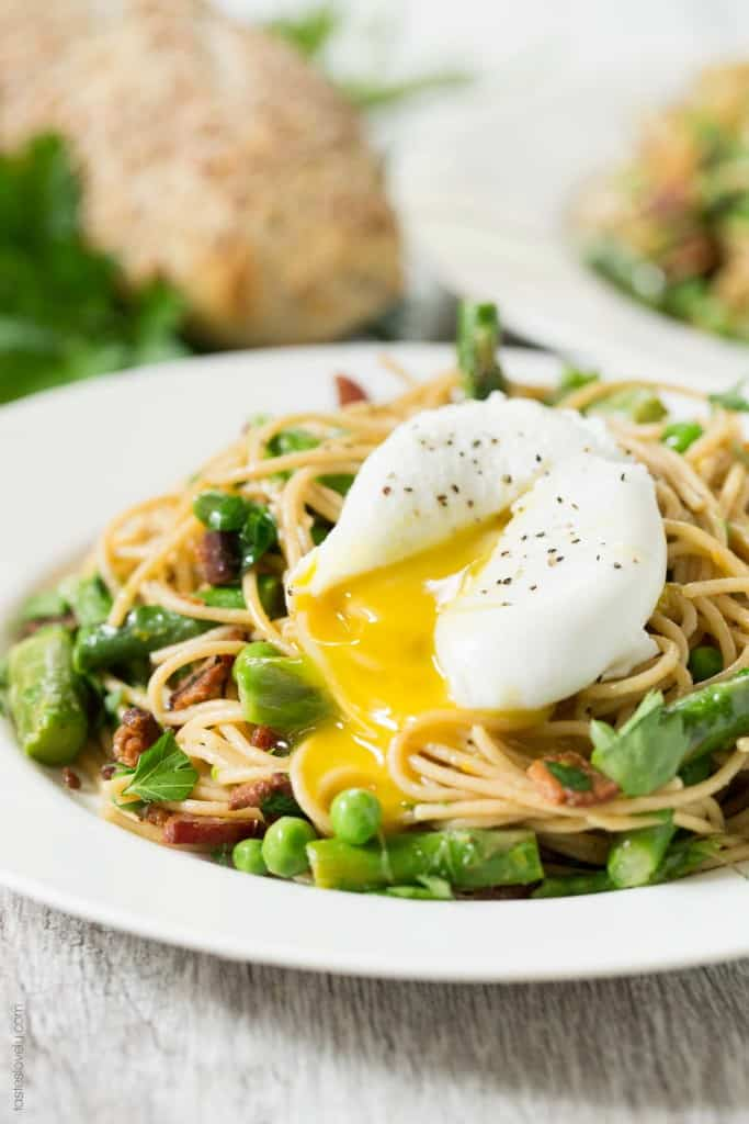 Spring Pasta with Bacon and Poached Egg - great for brunch, lunch or dinner!