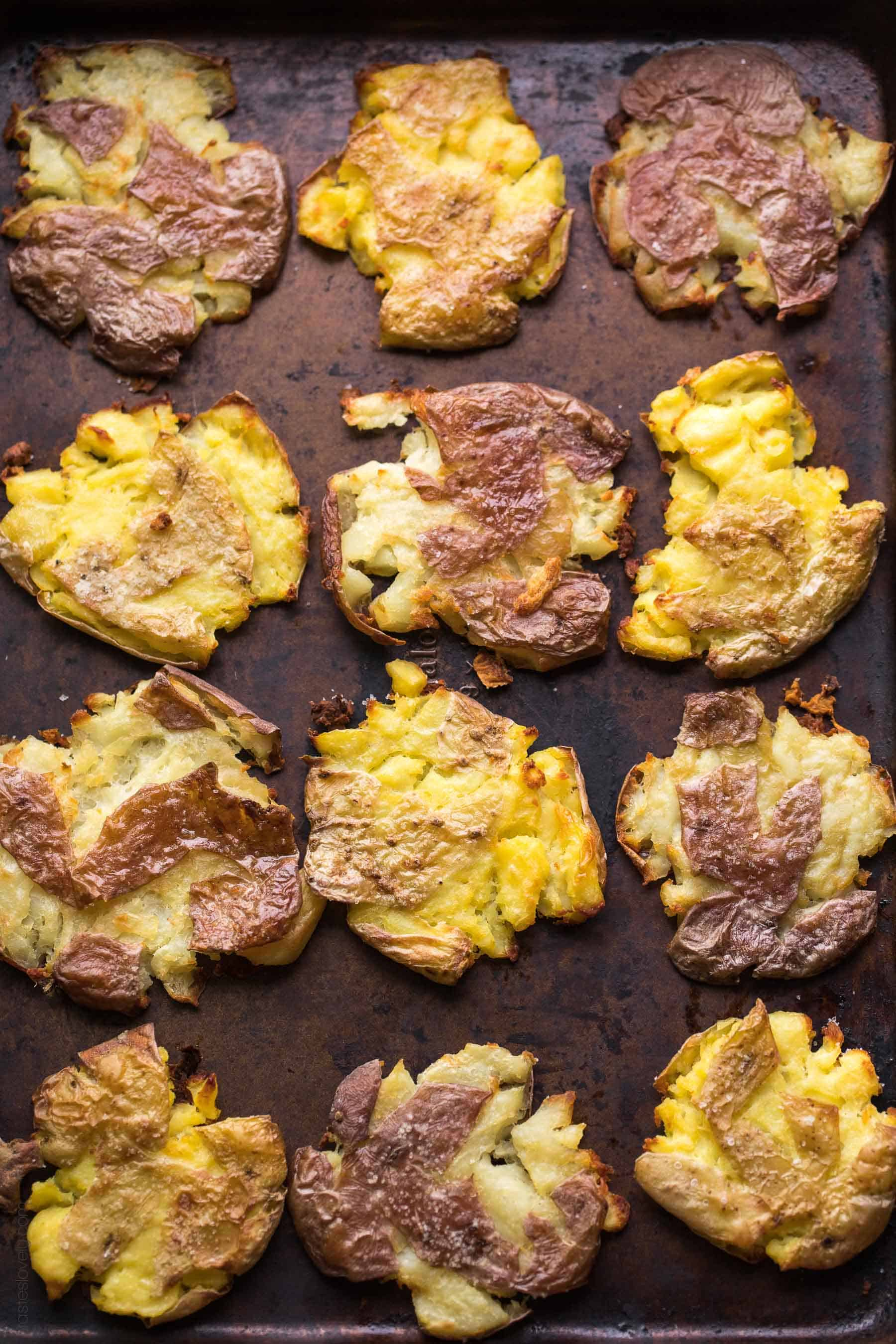 Paleo & Whole30 Crispy Smashed Potatoes - soft and fluffy on the outside, crispy and golden brown on the outside. The most delicious side dish recipe! Gluten free, grain free, dairy free, sugar free, clean eating, vegan.