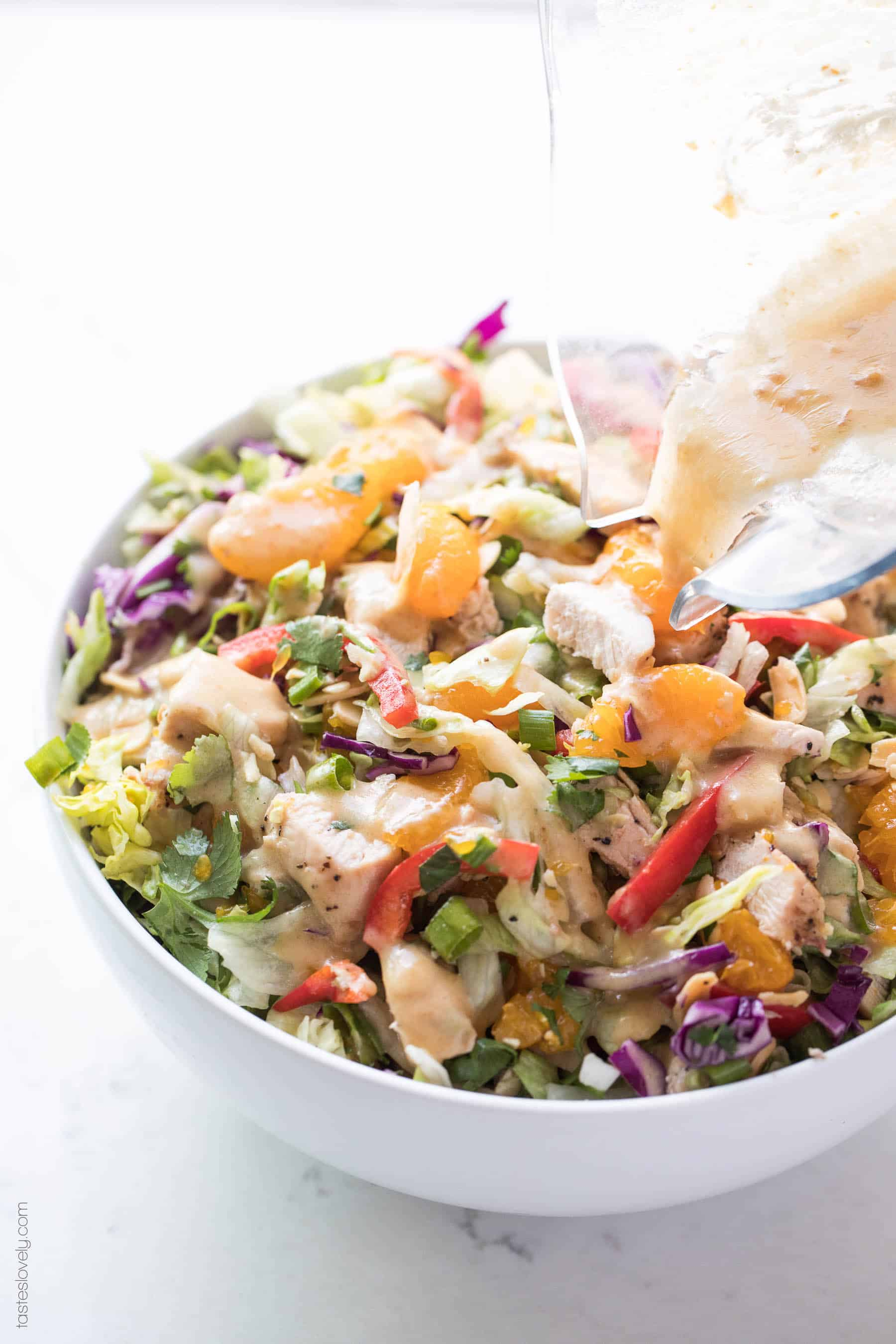 Paleo + Whole30 Chinese Chicken Salad Recipe with a homemade salad dressing. Delicious and healthy 30 minute asian chicken salad recipe! #paleo #whole30 #keto #glutenfree #grainfree #dairyfree #sugarfree #lowcarb #cleaneating #realfood