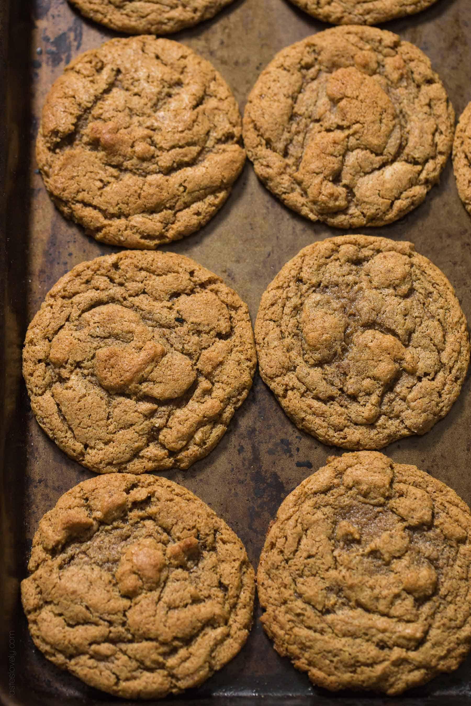 Paleo Almond Butter Cookies Recipe - just 5 ingredients! Paleo, dairy free, gluten free, grain free, refined sugar free dessert.